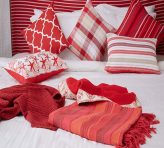 bed linen and bed sheets images