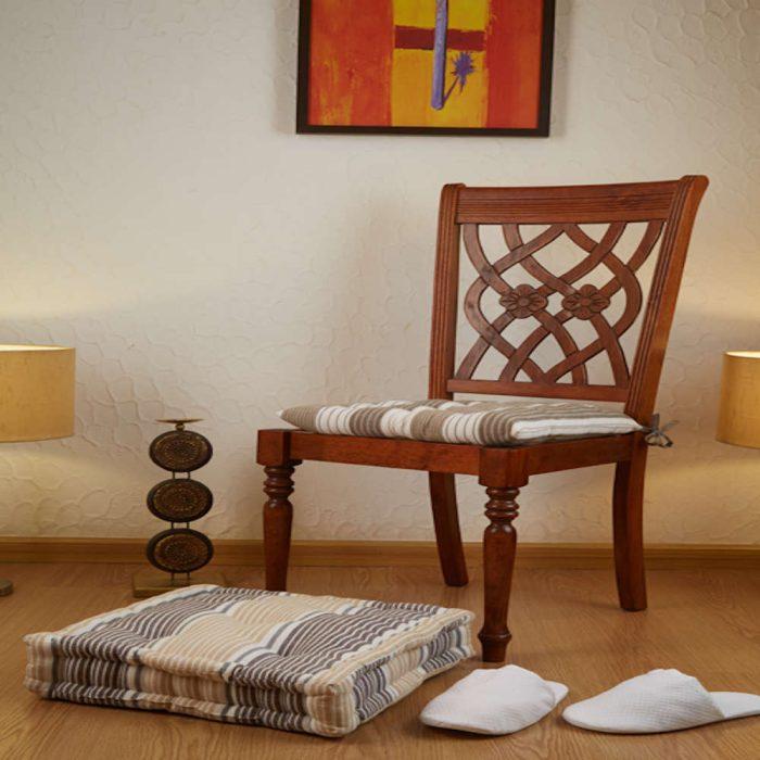 Multi colour chair pad