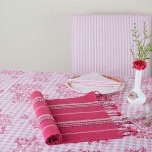 Table linen design